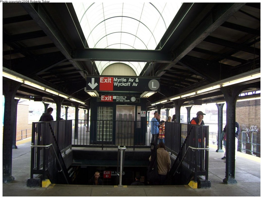 (202k, 1044x790)<br><b>Country:</b> United States<br><b>City:</b> New York<br><b>System:</b> New York City Transit<br><b>Line:</b> BMT Myrtle Avenue Line<br><b>Location:</b> Wyckoff Avenue <br><b>Photo by:</b> Roberto C. Tobar<br><b>Date:</b> 4/12/2008<br><b>Notes:</b> New skylights and elevator.<br><b>Viewed (this week/total):</b> 1 / 2086