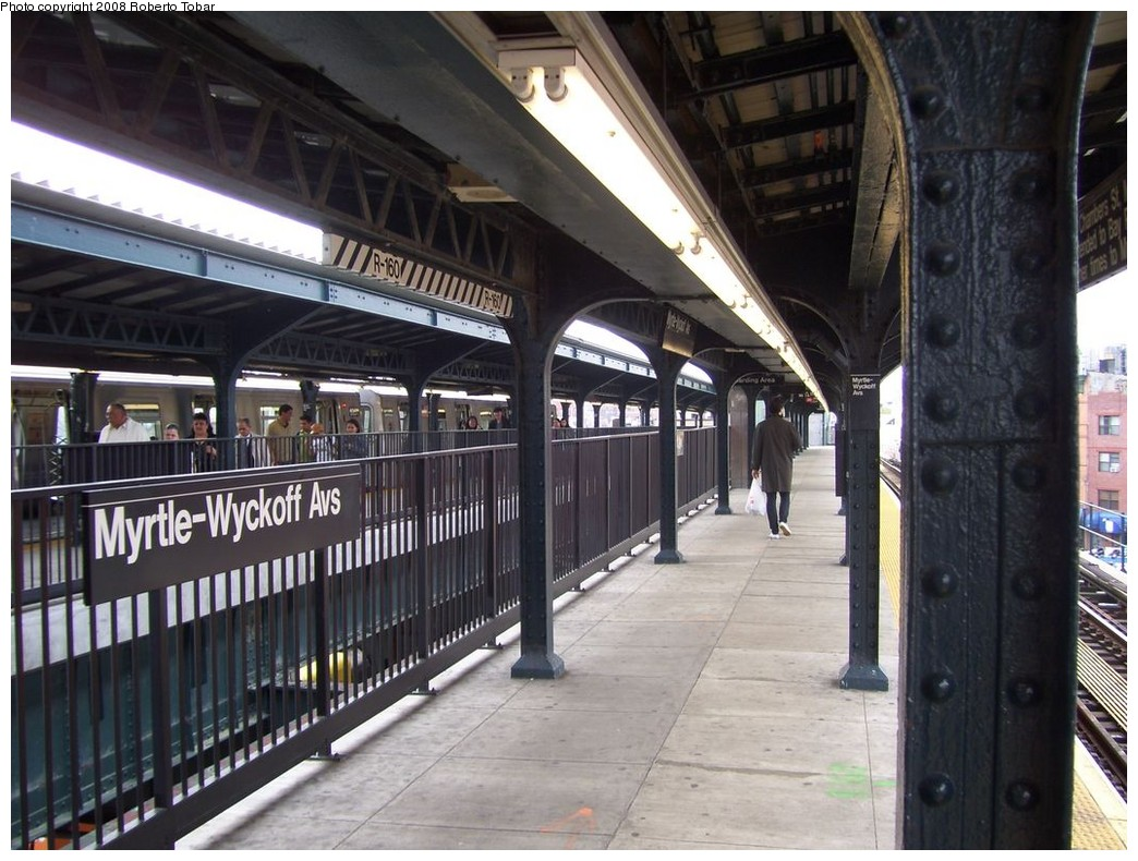 (223k, 1044x790)<br><b>Country:</b> United States<br><b>City:</b> New York<br><b>System:</b> New York City Transit<br><b>Line:</b> BMT Myrtle Avenue Line<br><b>Location:</b> Wyckoff Avenue <br><b>Photo by:</b> Roberto C. Tobar<br><b>Date:</b> 4/12/2008<br><b>Notes:</b> Note center trackway.<br><b>Viewed (this week/total):</b> 4 / 2256