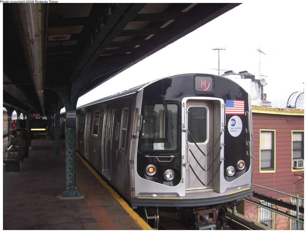 (170k, 1044x790)<br><b>Country:</b> United States<br><b>City:</b> New York<br><b>System:</b> New York City Transit<br><b>Line:</b> BMT Myrtle Avenue Line<br><b>Location:</b> Seneca Avenue <br><b>Route:</b> M<br><b>Car:</b> R-160A-1 (Alstom, 2005-2008, 4 car sets)  8337 <br><b>Photo by:</b> Roberto C. Tobar<br><b>Date:</b> 4/12/2008<br><b>Viewed (this week/total):</b> 0 / 1154