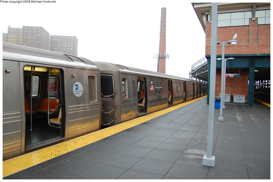 (200k, 1044x699)<br><b>Country:</b> United States<br><b>City:</b> New York<br><b>System:</b> New York City Transit<br><b>Location:</b> Coney Island/Stillwell Avenue<br><b>Route:</b> N<br><b>Car:</b> R-68 (Westinghouse-Amrail, 1986-1988)  2811 <br><b>Photo by:</b> Michael Hodurski<br><b>Date:</b> 4/11/2008<br><b>Viewed (this week/total):</b> 4 / 1964