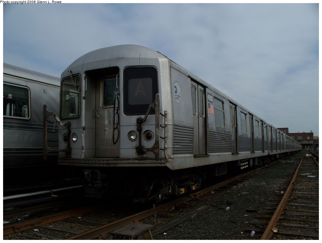 (155k, 1044x788)<br><b>Country:</b> United States<br><b>City:</b> New York<br><b>System:</b> New York City Transit<br><b>Location:</b> 207th Street Yard<br><b>Car:</b> R-42 (St. Louis, 1969-1970)  4550 <br><b>Photo by:</b> Glenn L. Rowe<br><b>Date:</b> 4/8/2008<br><b>Viewed (this week/total):</b> 1 / 1514
