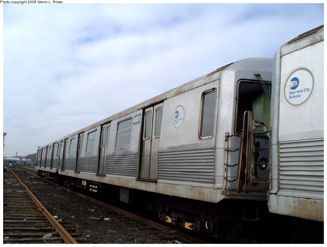 (178k, 1044x788)<br><b>Country:</b> United States<br><b>City:</b> New York<br><b>System:</b> New York City Transit<br><b>Location:</b> 207th Street Yard<br><b>Car:</b> R-42 (St. Louis, 1969-1970)  4551 <br><b>Photo by:</b> Glenn L. Rowe<br><b>Date:</b> 4/8/2008<br><b>Viewed (this week/total):</b> 1 / 926
