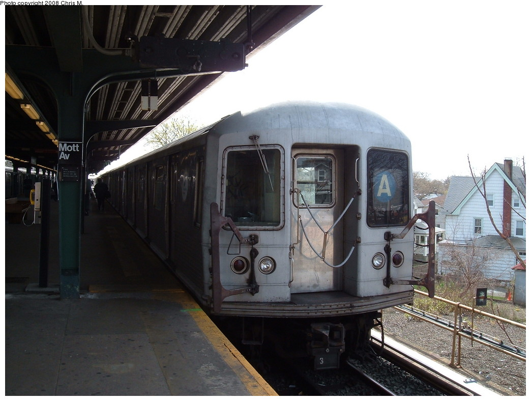 (205k, 1044x788)<br><b>Country:</b> United States<br><b>City:</b> New York<br><b>System:</b> New York City Transit<br><b>Line:</b> IND Rockaway<br><b>Location:</b> Mott Avenue/Far Rockaway <br><b>Route:</b> A<br><b>Car:</b> R-42 (St. Louis, 1969-1970)  4559 <br><b>Photo by:</b> Chris M.<br><b>Date:</b> 4/21/2008<br><b>Viewed (this week/total):</b> 4 / 1682