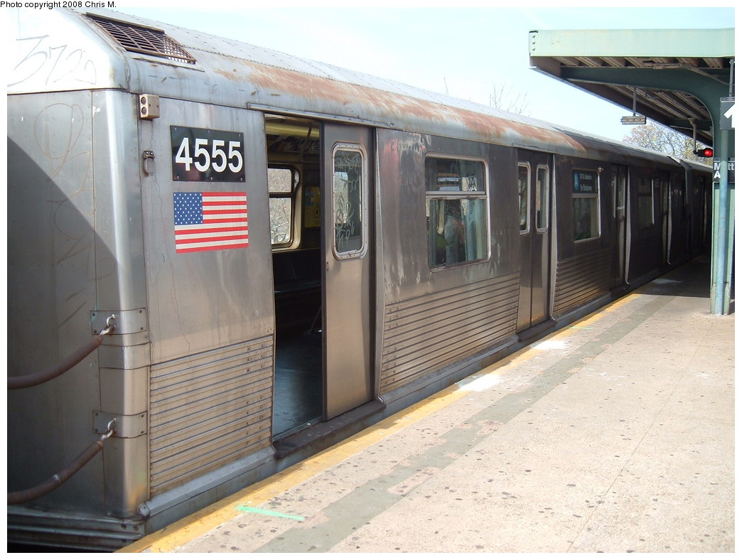 (224k, 1044x788)<br><b>Country:</b> United States<br><b>City:</b> New York<br><b>System:</b> New York City Transit<br><b>Line:</b> IND Rockaway<br><b>Location:</b> Mott Avenue/Far Rockaway <br><b>Route:</b> A<br><b>Car:</b> R-42 (St. Louis, 1969-1970)  4555 <br><b>Photo by:</b> Chris M.<br><b>Date:</b> 4/21/2008<br><b>Viewed (this week/total):</b> 3 / 947