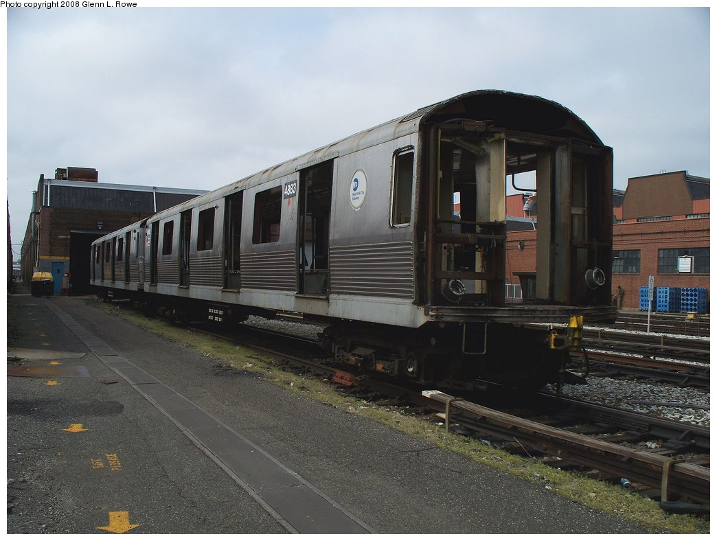 (212k, 1044x788)<br><b>Country:</b> United States<br><b>City:</b> New York<br><b>System:</b> New York City Transit<br><b>Location:</b> 207th Street Yard<br><b>Car:</b> R-42 (St. Louis, 1969-1970)  4883 <br><b>Photo by:</b> Glenn L. Rowe<br><b>Date:</b> 4/21/2008<br><b>Viewed (this week/total):</b> 0 / 894