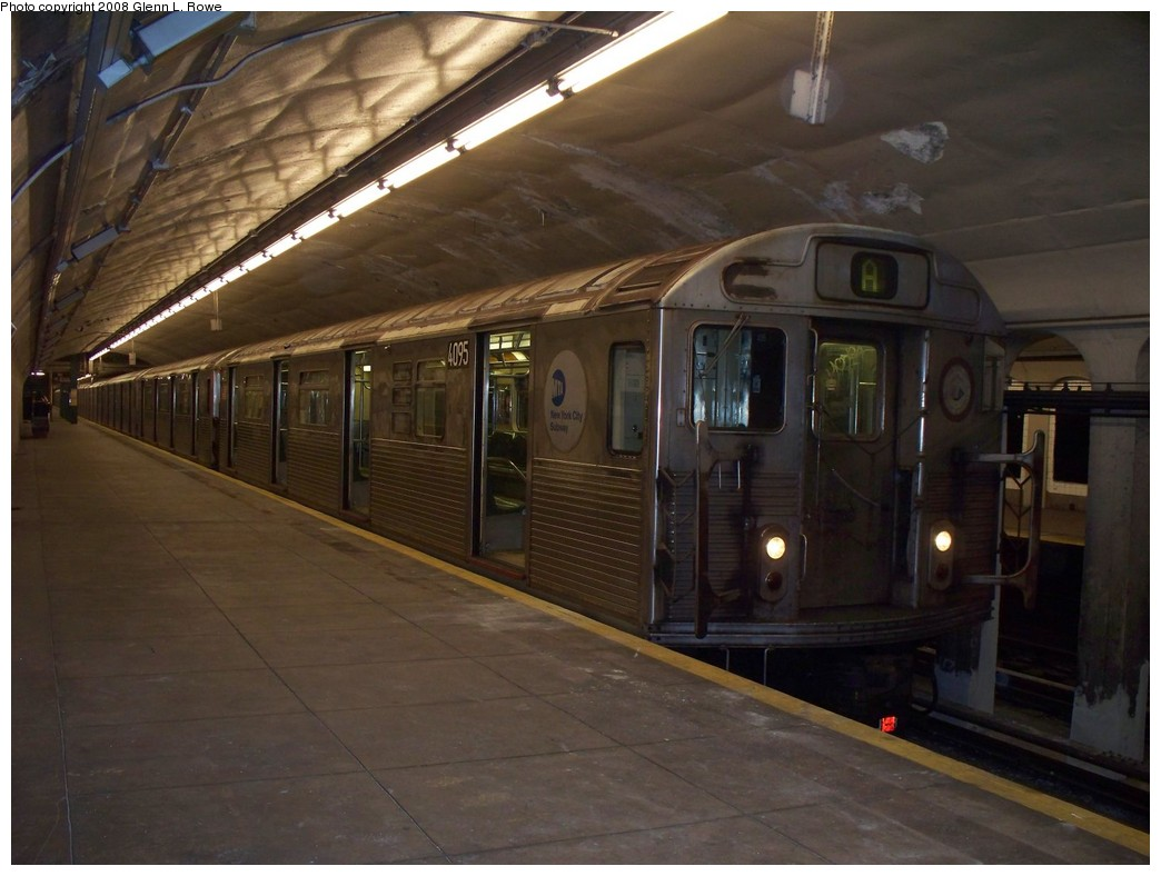 (183k, 1044x788)<br><b>Country:</b> United States<br><b>City:</b> New York<br><b>System:</b> New York City Transit<br><b>Line:</b> IND 8th Avenue Line<br><b>Location:</b> 190th Street/Overlook Terrace <br><b>Route:</b> A<br><b>Car:</b> R-38 (St. Louis, 1966-1967)  4095 <br><b>Photo by:</b> Glenn L. Rowe<br><b>Date:</b> 5/5/2008<br><b>Viewed (this week/total):</b> 0 / 1670