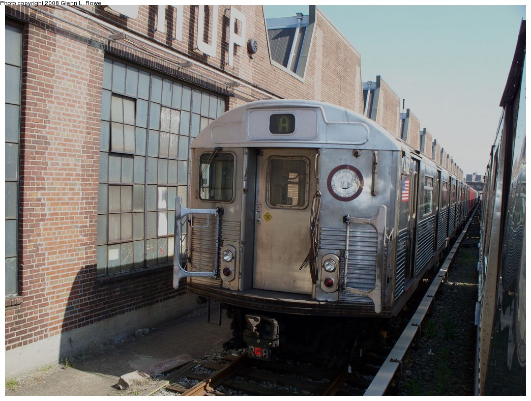 (248k, 1044x788)<br><b>Country:</b> United States<br><b>City:</b> New York<br><b>System:</b> New York City Transit<br><b>Location:</b> 207th Street Yard<br><b>Car:</b> R-38 (St. Louis, 1966-1967)  4102 <br><b>Photo by:</b> Glenn L. Rowe<br><b>Date:</b> 5/6/2008<br><b>Viewed (this week/total):</b> 1 / 1808