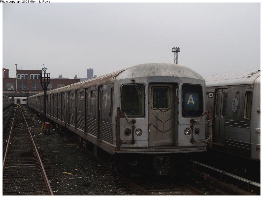 (152k, 1044x788)<br><b>Country:</b> United States<br><b>City:</b> New York<br><b>System:</b> New York City Transit<br><b>Location:</b> 207th Street Yard<br><b>Car:</b> R-42 (St. Louis, 1969-1970)  4561 <br><b>Photo by:</b> Glenn L. Rowe<br><b>Date:</b> 5/2/2008<br><b>Viewed (this week/total):</b> 3 / 1030