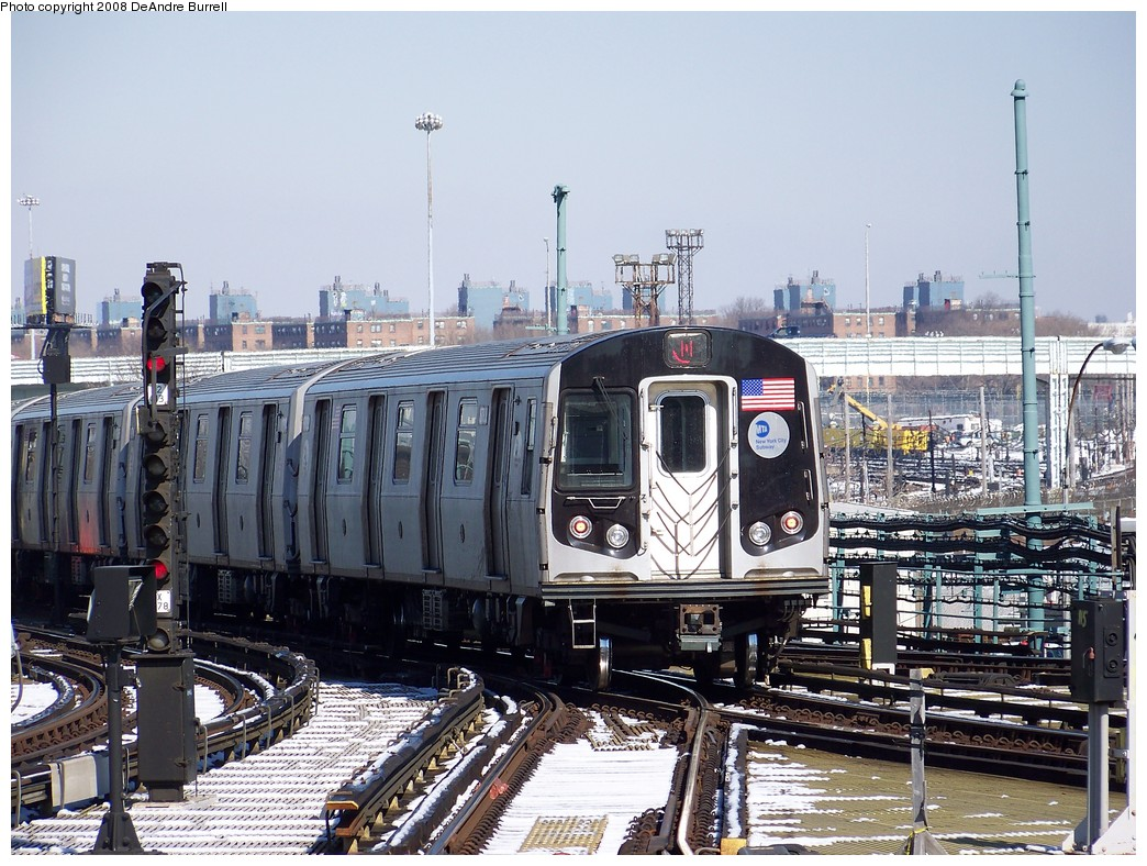 (273k, 1044x788)<br><b>Country:</b> United States<br><b>City:</b> New York<br><b>System:</b> New York City Transit<br><b>Location:</b> Coney Island/Stillwell Avenue<br><b>Route:</b> N<br><b>Car:</b> R-160B (Kawasaki, 2005-2008)  8783 <br><b>Photo by:</b> DeAndre Burrell<br><b>Date:</b> 4/12/2007<br><b>Viewed (this week/total):</b> 1 / 981