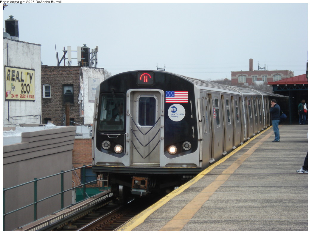 (199k, 1044x788)<br><b>Country:</b> United States<br><b>City:</b> New York<br><b>System:</b> New York City Transit<br><b>Line:</b> BMT Astoria Line<br><b>Location:</b> Astoria Boulevard/Hoyt Avenue <br><b>Route:</b> N<br><b>Car:</b> R-160B (Kawasaki, 2005-2008)  8893 <br><b>Photo by:</b> DeAndre Burrell<br><b>Date:</b> 4/12/2008<br><b>Viewed (this week/total):</b> 1 / 1441
