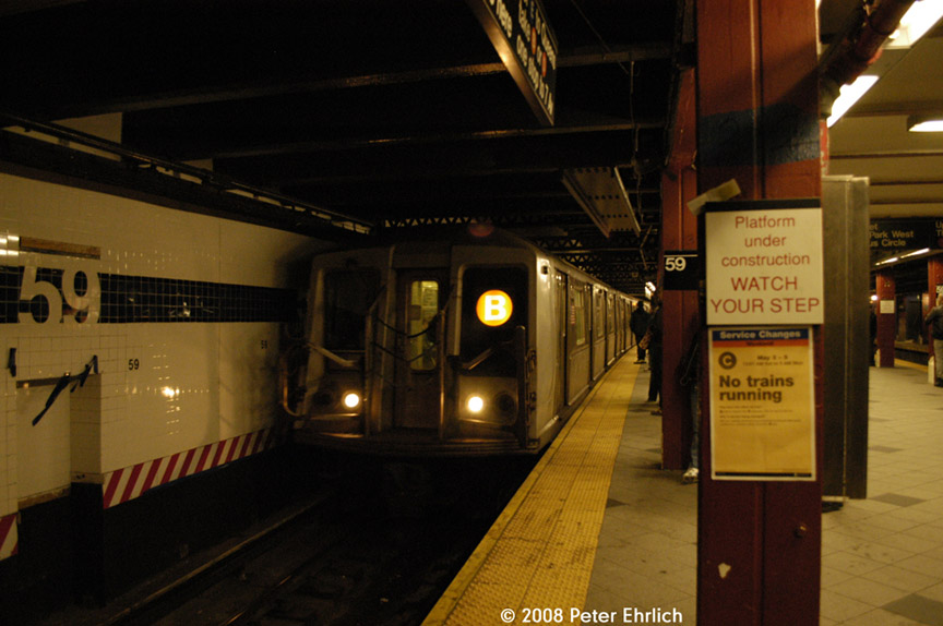 (157k, 864x574)<br><b>Country:</b> United States<br><b>City:</b> New York<br><b>System:</b> New York City Transit<br><b>Line:</b> IND 8th Avenue Line<br><b>Location:</b> 59th Street/Columbus Circle <br><b>Car:</b> R-40 (St. Louis, 1968)  4331 <br><b>Photo by:</b> Peter Ehrlich<br><b>Date:</b> 5/2/2008<br><b>Viewed (this week/total):</b> 1 / 2306