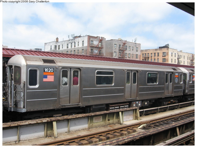 (137k, 820x620)<br><b>Country:</b> United States<br><b>City:</b> New York<br><b>System:</b> New York City Transit<br><b>Line:</b> IRT Woodlawn Line<br><b>Location:</b> 183rd Street <br><b>Route:</b> 4<br><b>Car:</b> R-62 (Kawasaki, 1983-1985)  1620 <br><b>Photo by:</b> Gary Chatterton<br><b>Date:</b> 5/4/2008<br><b>Viewed (this week/total):</b> 0 / 1345