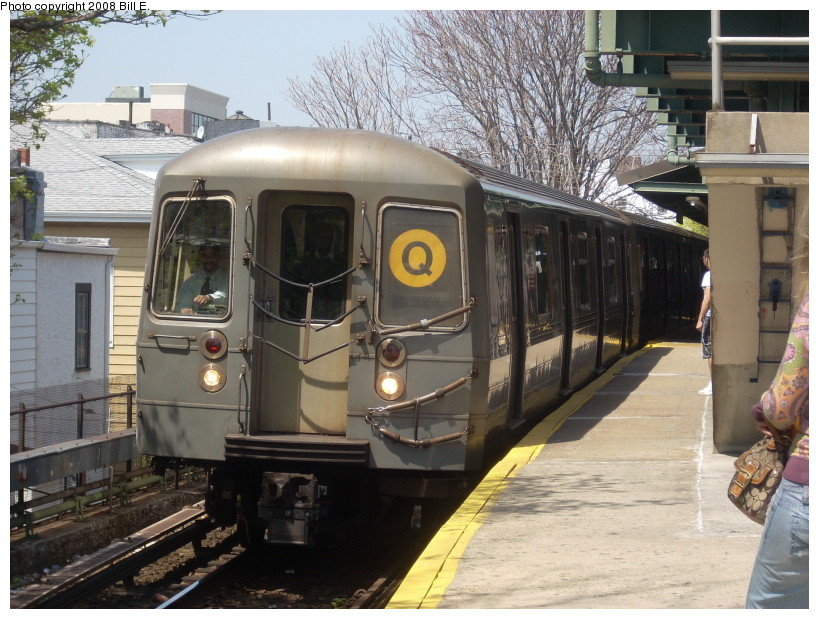(191k, 819x619)<br><b>Country:</b> United States<br><b>City:</b> New York<br><b>System:</b> New York City Transit<br><b>Line:</b> BMT Brighton Line<br><b>Location:</b> Kings Highway <br><b>Route:</b> Q<br><b>Car:</b> R-68A (Kawasaki, 1988-1989)  5106 <br><b>Photo by:</b> Bill E.<br><b>Date:</b> 4/23/2008<br><b>Viewed (this week/total):</b> 1 / 1083