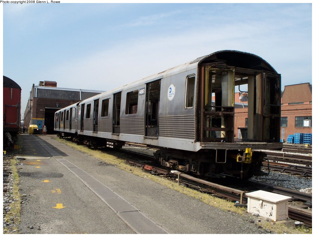 (223k, 1044x788)<br><b>Country:</b> United States<br><b>City:</b> New York<br><b>System:</b> New York City Transit<br><b>Location:</b> 207th Street Yard<br><b>Car:</b> R-42 (St. Louis, 1969-1970)  4861 <br><b>Photo by:</b> Glenn L. Rowe<br><b>Date:</b> 5/7/2008<br><b>Viewed (this week/total):</b> 2 / 990