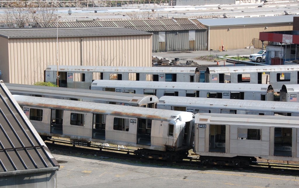 (232k, 1024x646)<br><b>Country:</b> United States<br><b>City:</b> New York<br><b>System:</b> New York City Transit<br><b>Location:</b> 207th Street Yard<br><b>Car:</b> R-42 (St. Louis, 1969-1970)  4731 <br><b>Photo by:</b> Brian Weinberg<br><b>Date:</b> 5/4/2008<br><b>Notes:</b> Visible cars: R42 4883, 4882, 4903, 4902, 4984; R32 3759, 3422<br><b>Viewed (this week/total):</b> 0 / 998
