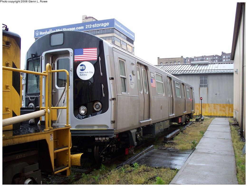 (220k, 1044x788)<br><b>Country:</b> United States<br><b>City:</b> New York<br><b>System:</b> New York City Transit<br><b>Location:</b> 207th Street Yard<br><b>Car:</b> R-160B (Option 1) (Kawasaki, 2008-2009)  8992 <br><b>Photo by:</b> Glenn L. Rowe<br><b>Date:</b> 5/9/2008<br><b>Viewed (this week/total):</b> 0 / 2295