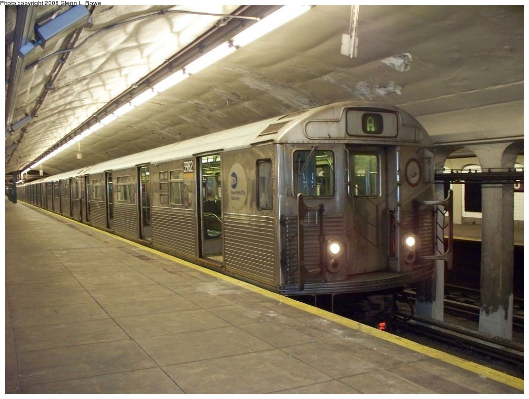 (220k, 1044x788)<br><b>Country:</b> United States<br><b>City:</b> New York<br><b>System:</b> New York City Transit<br><b>Line:</b> IND 8th Avenue Line<br><b>Location:</b> 190th Street/Overlook Terrace <br><b>Route:</b> A<br><b>Car:</b> R-38 (St. Louis, 1966-1967)  3982 <br><b>Photo by:</b> Glenn L. Rowe<br><b>Date:</b> 5/9/2008<br><b>Viewed (this week/total):</b> 0 / 1287