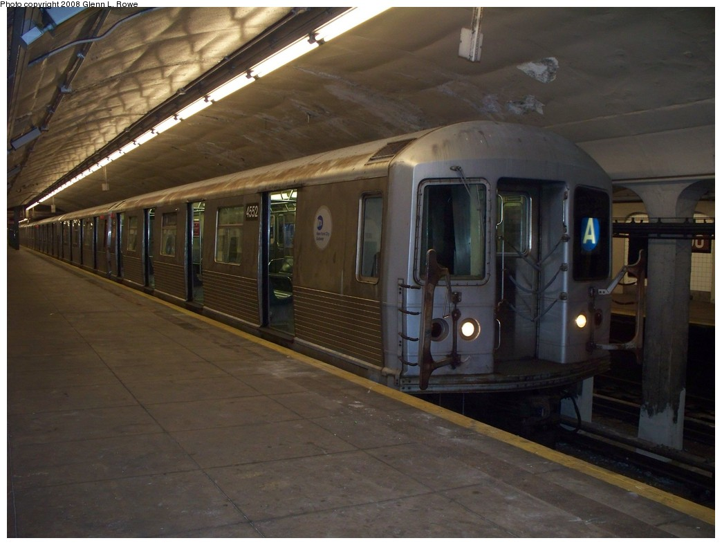 (183k, 1044x788)<br><b>Country:</b> United States<br><b>City:</b> New York<br><b>System:</b> New York City Transit<br><b>Line:</b> IND 8th Avenue Line<br><b>Location:</b> 190th Street/Overlook Terrace <br><b>Route:</b> A<br><b>Car:</b> R-42 (St. Louis, 1969-1970)  4552 <br><b>Photo by:</b> Glenn L. Rowe<br><b>Date:</b> 5/8/2008<br><b>Viewed (this week/total):</b> 0 / 1394