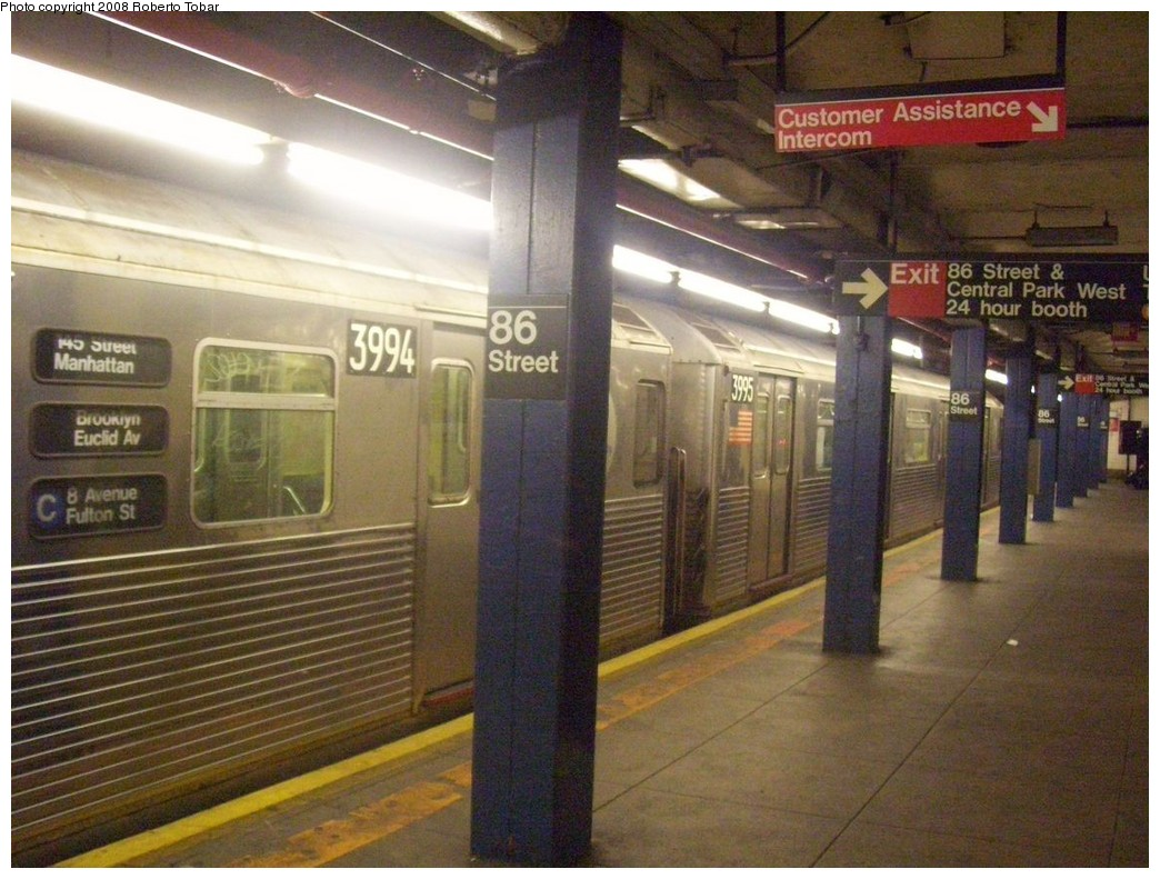 (226k, 1044x791)<br><b>Country:</b> United States<br><b>City:</b> New York<br><b>System:</b> New York City Transit<br><b>Line:</b> IND 8th Avenue Line<br><b>Location:</b> 86th Street <br><b>Route:</b> C<br><b>Car:</b> R-38 (St. Louis, 1966-1967)  3994/3995 <br><b>Photo by:</b> Roberto C. Tobar<br><b>Date:</b> 5/17/2008<br><b>Viewed (this week/total):</b> 3 / 3088