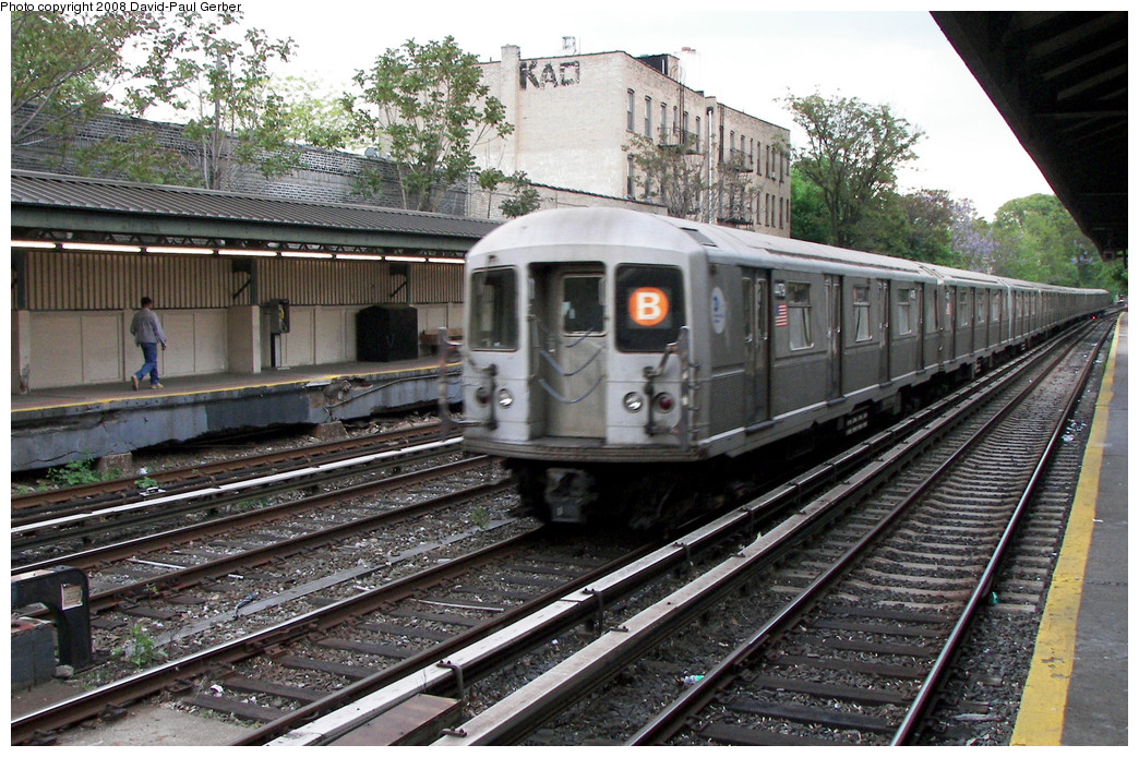 (328k, 1044x694)<br><b>Country:</b> United States<br><b>City:</b> New York<br><b>System:</b> New York City Transit<br><b>Line:</b> BMT Brighton Line<br><b>Location:</b> Avenue H <br><b>Route:</b> B<br><b>Car:</b> R-40M (St. Louis, 1969)  4479 <br><b>Photo by:</b> David-Paul Gerber<br><b>Date:</b> 5/15/2008<br><b>Viewed (this week/total):</b> 6 / 1445