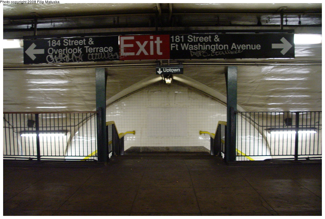 (205k, 1044x705)<br><b>Country:</b> United States<br><b>City:</b> New York<br><b>System:</b> New York City Transit<br><b>Line:</b> IND 8th Avenue Line<br><b>Location:</b> 181st Street <br><b>Photo by:</b> Filip Matuska<br><b>Date:</b> 6/10/2007<br><b>Viewed (this week/total):</b> 1 / 1441