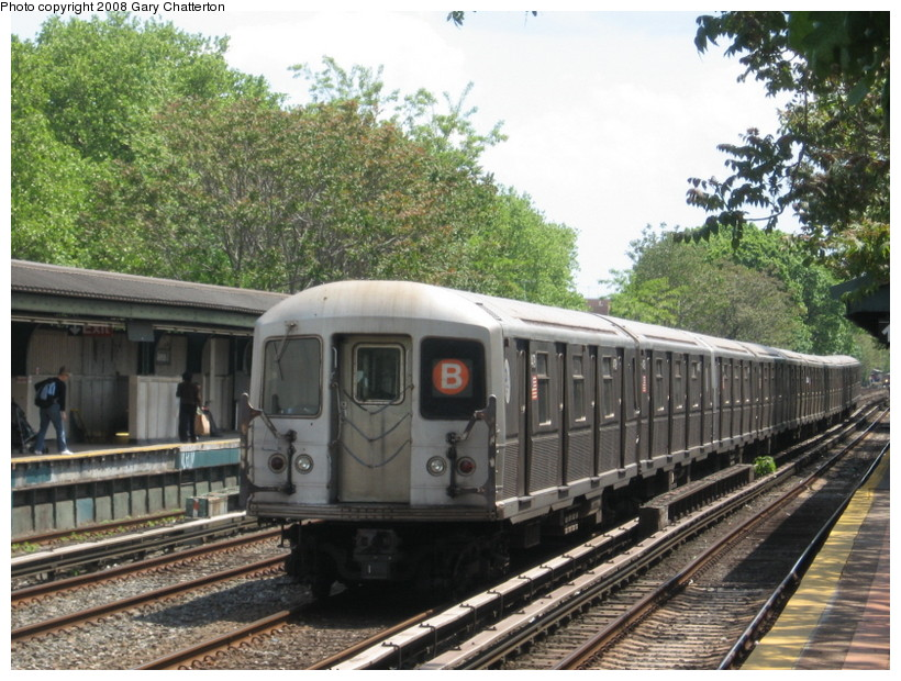 (180k, 820x620)<br><b>Country:</b> United States<br><b>City:</b> New York<br><b>System:</b> New York City Transit<br><b>Line:</b> BMT Brighton Line<br><b>Location:</b> Avenue J <br><b>Route:</b> B<br><b>Car:</b> R-40M (St. Louis, 1969)  4479 <br><b>Photo by:</b> Gary Chatterton<br><b>Date:</b> 5/21/2008<br><b>Viewed (this week/total):</b> 0 / 1613