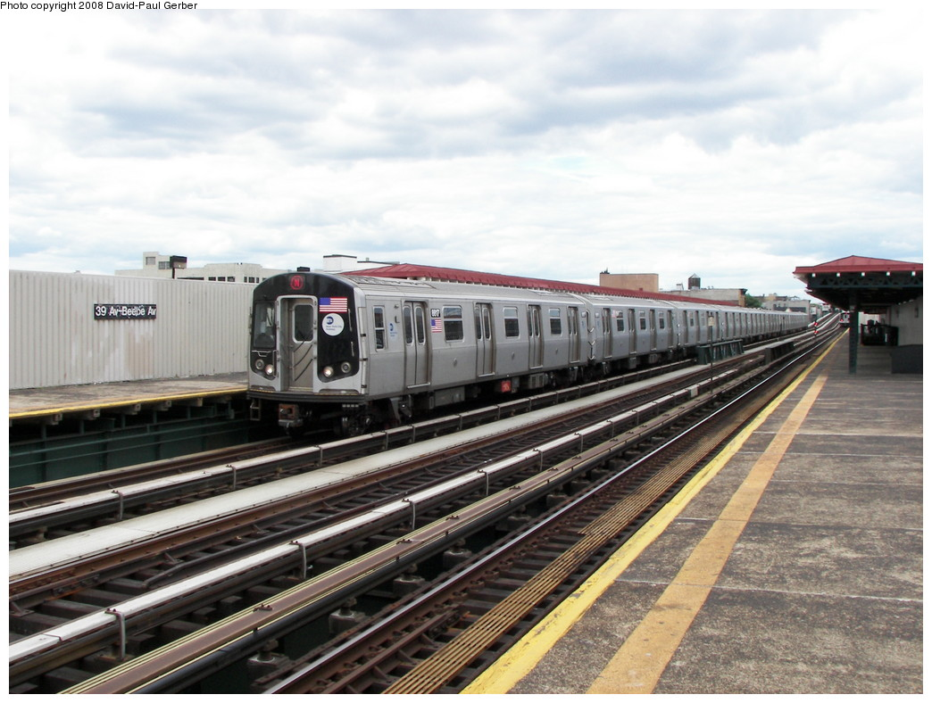 (266k, 1044x788)<br><b>Country:</b> United States<br><b>City:</b> New York<br><b>System:</b> New York City Transit<br><b>Line:</b> BMT Astoria Line<br><b>Location:</b> 39th/Beebe Aves. <br><b>Route:</b> N<br><b>Car:</b> R-160B (Kawasaki, 2005-2008)  8817 <br><b>Photo by:</b> David-Paul Gerber<br><b>Date:</b> 5/24/2008<br><b>Viewed (this week/total):</b> 4 / 1194