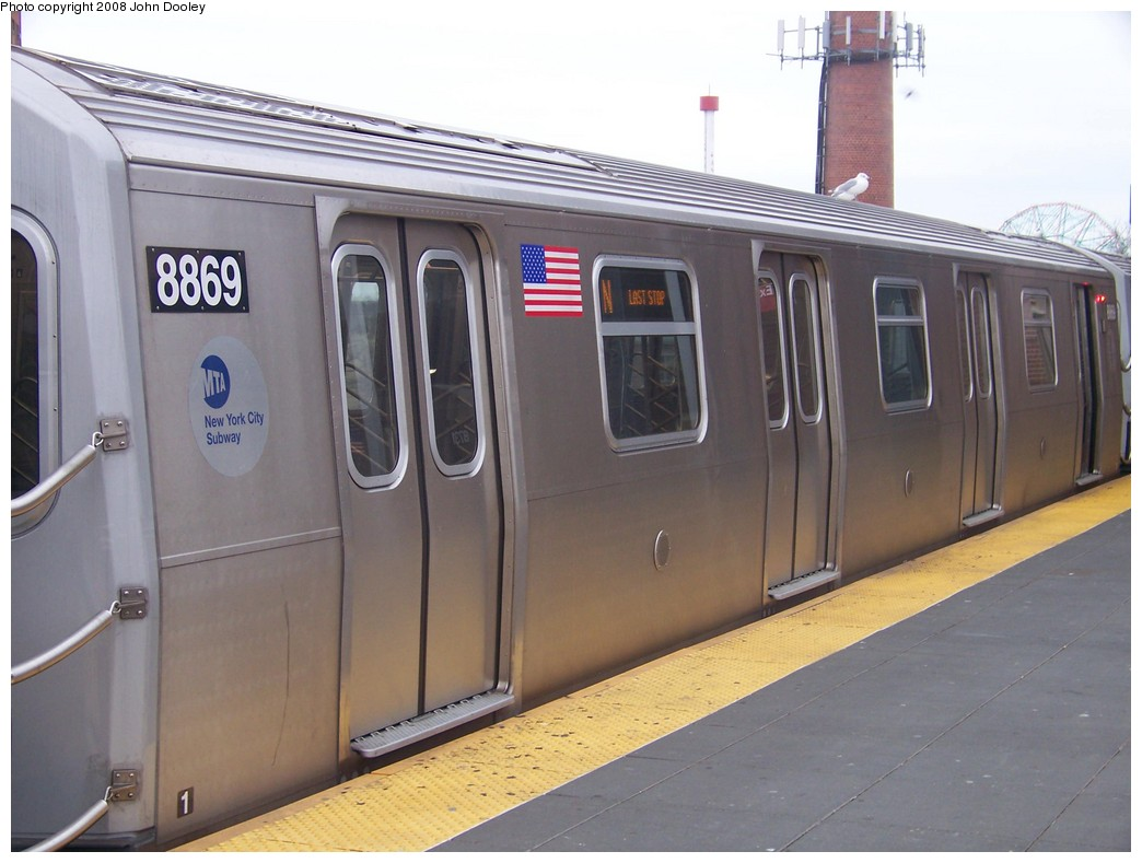 (176k, 1044x789)<br><b>Country:</b> United States<br><b>City:</b> New York<br><b>System:</b> New York City Transit<br><b>Location:</b> Coney Island/Stillwell Avenue<br><b>Route:</b> N<br><b>Car:</b> R-160B (Kawasaki, 2005-2008)  8869 <br><b>Photo by:</b> John Dooley<br><b>Date:</b> 1/19/2007<br><b>Viewed (this week/total):</b> 0 / 1028