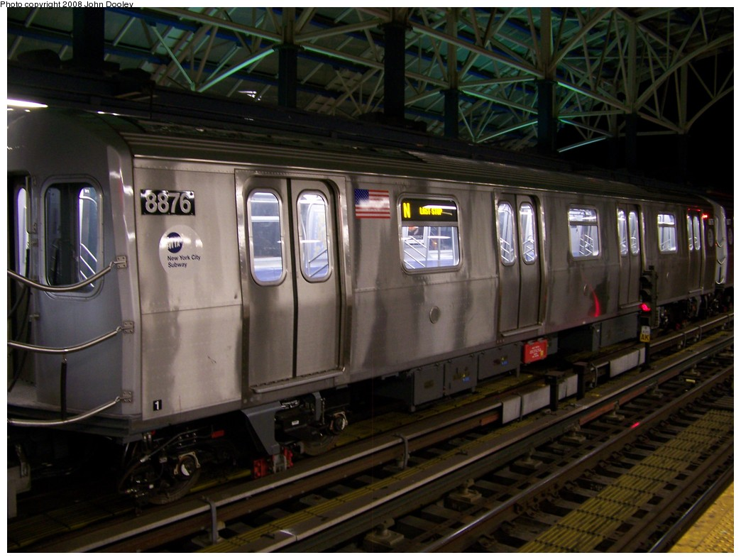 (197k, 1044x789)<br><b>Country:</b> United States<br><b>City:</b> New York<br><b>System:</b> New York City Transit<br><b>Location:</b> Coney Island/Stillwell Avenue<br><b>Route:</b> N<br><b>Car:</b> R-160B (Kawasaki, 2005-2008)  8876 <br><b>Photo by:</b> John Dooley<br><b>Date:</b> 1/18/2007<br><b>Viewed (this week/total):</b> 0 / 1356