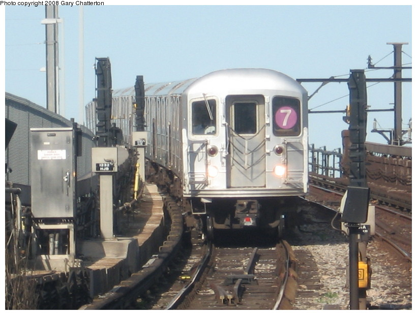 (129k, 820x620)<br><b>Country:</b> United States<br><b>City:</b> New York<br><b>System:</b> New York City Transit<br><b>Line:</b> IRT Flushing Line<br><b>Location:</b> Hunterspoint Avenue <br><b>Route:</b> 7<br><b>Car:</b> R-62A (Bombardier, 1984-1987)  1656 <br><b>Photo by:</b> Gary Chatterton<br><b>Date:</b> 5/13/2008<br><b>Viewed (this week/total):</b> 2 / 1646