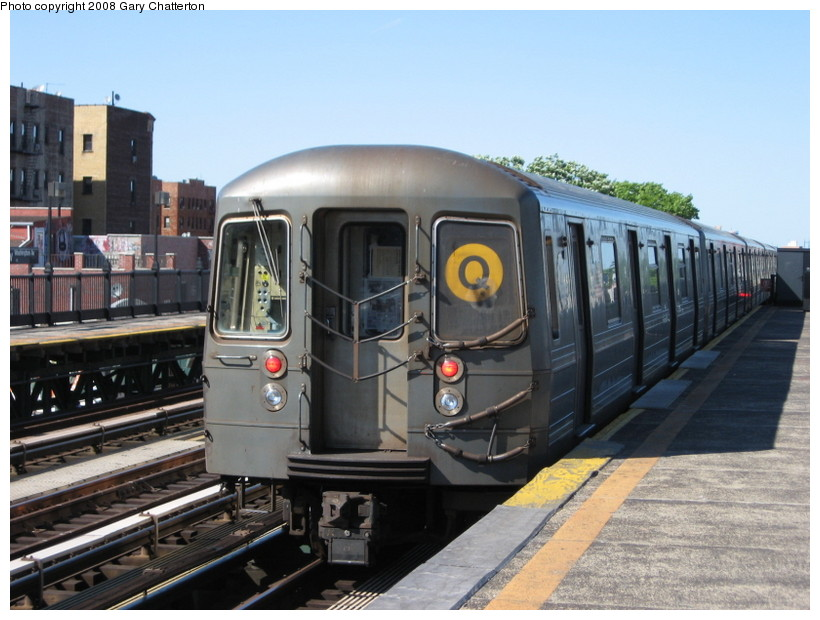 (134k, 820x620)<br><b>Country:</b> United States<br><b>City:</b> New York<br><b>System:</b> New York City Transit<br><b>Line:</b> BMT Astoria Line<br><b>Location:</b> 36th/Washington Aves. <br><b>Route:</b> Q reroute<br><b>Car:</b> R-68A (Kawasaki, 1988-1989)  5064 <br><b>Photo by:</b> Gary Chatterton<br><b>Date:</b> 5/25/2008<br><b>Viewed (this week/total):</b> 1 / 994