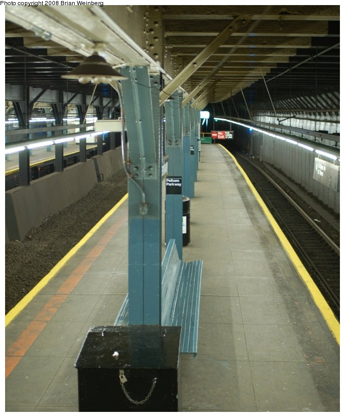 (193k, 679x820)<br><b>Country:</b> United States<br><b>City:</b> New York<br><b>System:</b> New York City Transit<br><b>Line:</b> IRT Dyre Ave. Line<br><b>Location:</b> Pelham Parkway <br><b>Photo by:</b> Brian Weinberg<br><b>Date:</b> 5/25/2008<br><b>Viewed (this week/total):</b> 0 / 1378