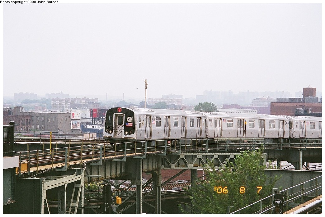 (214k, 1044x699)<br><b>Country:</b> United States<br><b>City:</b> New York<br><b>System:</b> New York City Transit<br><b>Line:</b> BMT Canarsie Line<br><b>Location:</b> Broadway Junction <br><b>Route:</b> L<br><b>Car:</b> R-143 (Kawasaki, 2001-2002) 8312 <br><b>Photo by:</b> John Barnes<br><b>Date:</b> 8/6/2006<br><b>Viewed (this week/total):</b> 1 / 913