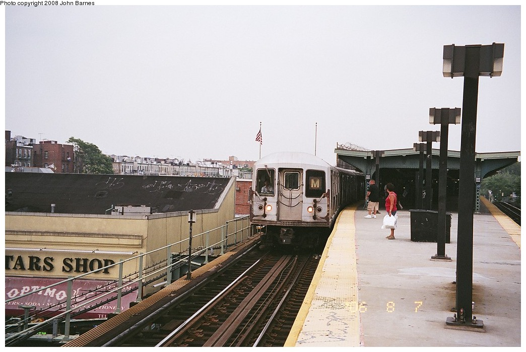 (208k, 1044x699)<br><b>Country:</b> United States<br><b>City:</b> New York<br><b>System:</b> New York City Transit<br><b>Line:</b> BMT Myrtle Avenue Line<br><b>Location:</b> Fresh Pond Road <br><b>Route:</b> M<br><b>Car:</b> R-42 (St. Louis, 1969-1970)   <br><b>Photo by:</b> John Barnes<br><b>Date:</b> 8/6/2006<br><b>Viewed (this week/total):</b> 0 / 1607