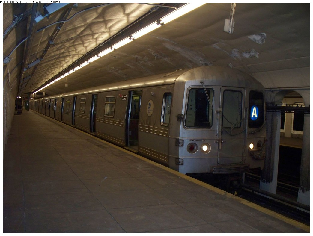 (170k, 1044x788)<br><b>Country:</b> United States<br><b>City:</b> New York<br><b>System:</b> New York City Transit<br><b>Line:</b> IND 8th Avenue Line<br><b>Location:</b> 190th Street/Overlook Terrace <br><b>Route:</b> A<br><b>Car:</b> R-44 (St. Louis, 1971-73) 5322 <br><b>Photo by:</b> Glenn L. Rowe<br><b>Date:</b> 5/29/2008<br><b>Viewed (this week/total):</b> 3 / 1847