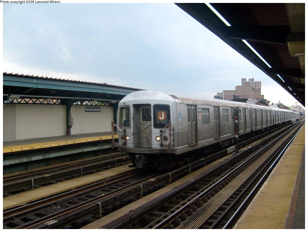 (249k, 1044x788)<br><b>Country:</b> United States<br><b>City:</b> New York<br><b>System:</b> New York City Transit<br><b>Line:</b> BMT Nassau Street/Jamaica Line<br><b>Location:</b> Hewes Street <br><b>Route:</b> J<br><b>Car:</b> R-42 (St. Louis, 1969-1970)  4794 <br><b>Photo by:</b> Leonard Wilson<br><b>Date:</b> 5/15/2008<br><b>Viewed (this week/total):</b> 0 / 838