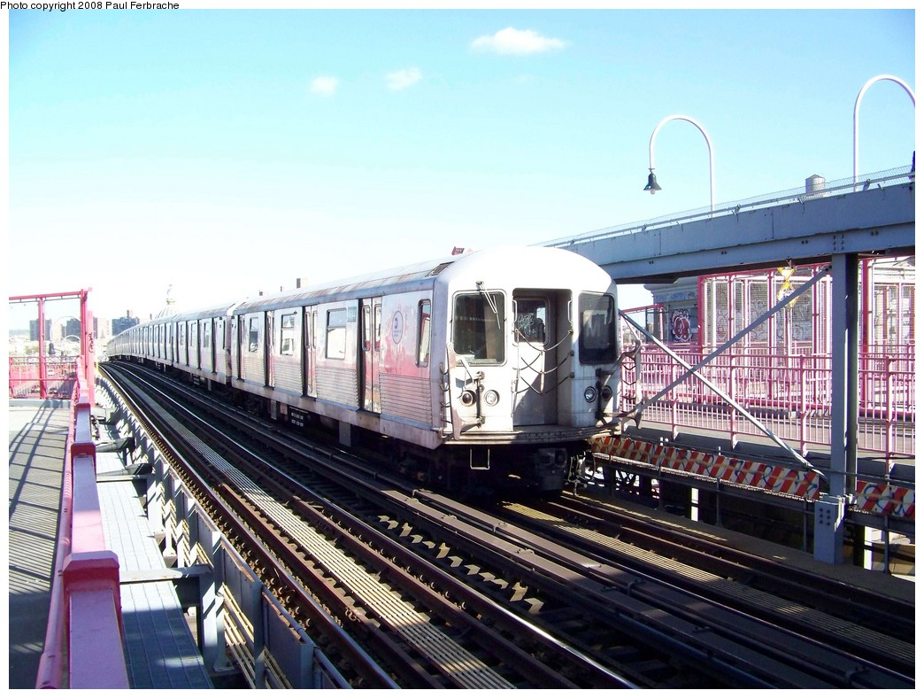 (245k, 1044x788)<br><b>Country:</b> United States<br><b>City:</b> New York<br><b>System:</b> New York City Transit<br><b>Line:</b> BMT Nassau Street/Jamaica Line<br><b>Location:</b> Williamsburg Bridge<br><b>Route:</b> M<br><b>Car:</b> R-42 (St. Louis, 1969-1970)  4644 <br><b>Photo by:</b> Paul Ferbrache<br><b>Date:</b> 4/29/2008<br><b>Viewed (this week/total):</b> 1 / 828