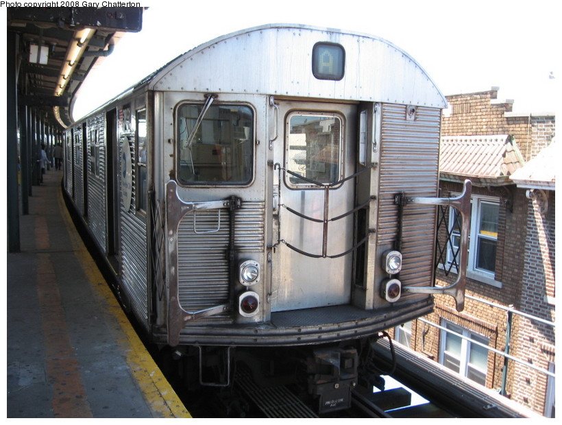 (151k, 820x620)<br><b>Country:</b> United States<br><b>City:</b> New York<br><b>System:</b> New York City Transit<br><b>Line:</b> IND Fulton Street Line<br><b>Location:</b> Lefferts Boulevard <br><b>Route:</b> A<br><b>Car:</b> R-32 (Budd, 1964)  3891 <br><b>Photo by:</b> Gary Chatterton<br><b>Date:</b> 5/28/2008<br><b>Viewed (this week/total):</b> 2 / 818