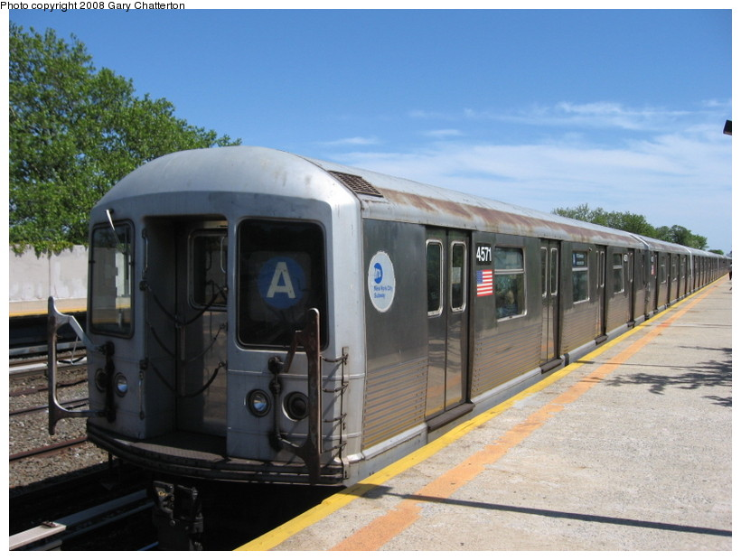(131k, 820x620)<br><b>Country:</b> United States<br><b>City:</b> New York<br><b>System:</b> New York City Transit<br><b>Line:</b> IND Rockaway<br><b>Location:</b> Aqueduct/North Conduit Avenue <br><b>Route:</b> A<br><b>Car:</b> R-42 (St. Louis, 1969-1970)  4571 <br><b>Photo by:</b> Gary Chatterton<br><b>Date:</b> 5/28/2008<br><b>Viewed (this week/total):</b> 4 / 1581