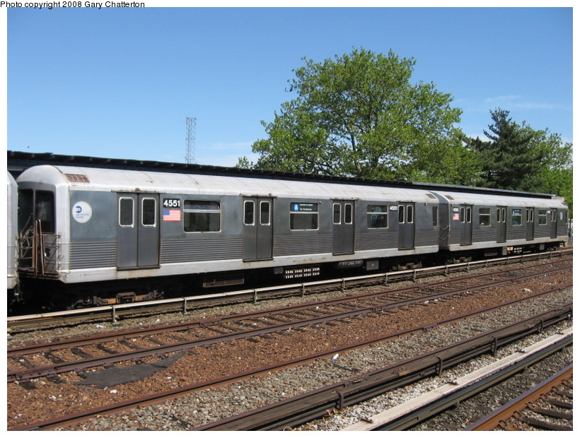 (179k, 820x620)<br><b>Country:</b> United States<br><b>City:</b> New York<br><b>System:</b> New York City Transit<br><b>Line:</b> IND Rockaway<br><b>Location:</b> Aqueduct/North Conduit Avenue <br><b>Route:</b> A<br><b>Car:</b> R-42 (St. Louis, 1969-1970)  4551 <br><b>Photo by:</b> Gary Chatterton<br><b>Date:</b> 5/28/2008<br><b>Viewed (this week/total):</b> 0 / 967