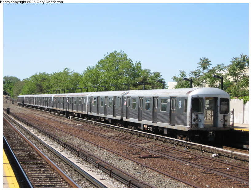 (169k, 820x620)<br><b>Country:</b> United States<br><b>City:</b> New York<br><b>System:</b> New York City Transit<br><b>Line:</b> IND Rockaway<br><b>Location:</b> Aqueduct/North Conduit Avenue <br><b>Route:</b> A<br><b>Car:</b> R-42 (St. Louis, 1969-1970)  4550 <br><b>Photo by:</b> Gary Chatterton<br><b>Date:</b> 5/28/2008<br><b>Viewed (this week/total):</b> 2 / 977