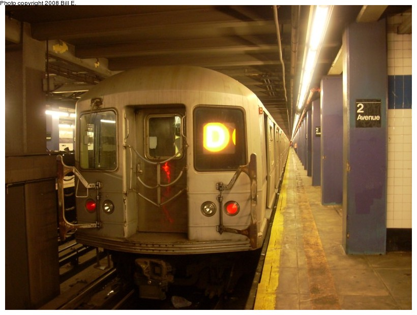 (140k, 820x620)<br><b>Country:</b> United States<br><b>City:</b> New York<br><b>System:</b> New York City Transit<br><b>Line:</b> IND 6th Avenue Line<br><b>Location:</b> 2nd Avenue <br><b>Route:</b> D<br><b>Car:</b> R-40M (St. Louis, 1969)  4517 <br><b>Photo by:</b> Bill E.<br><b>Date:</b> 6/1/2008<br><b>Viewed (this week/total):</b> 1 / 1712