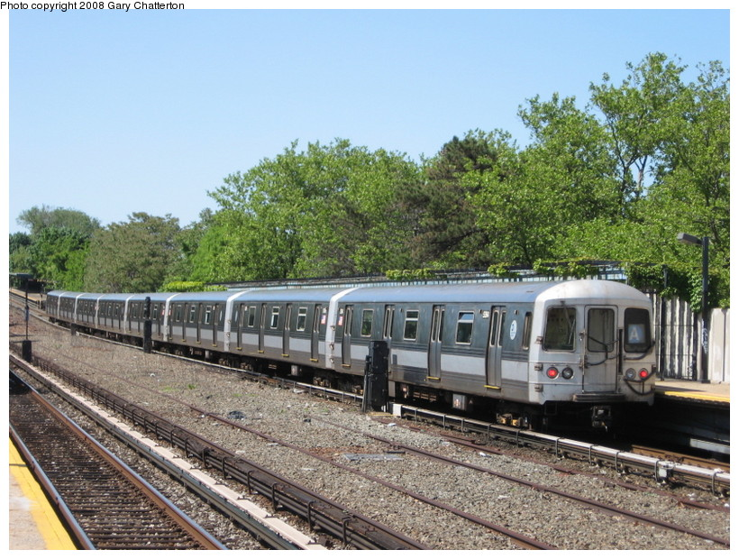 (189k, 820x620)<br><b>Country:</b> United States<br><b>City:</b> New York<br><b>System:</b> New York City Transit<br><b>Line:</b> IND Rockaway<br><b>Location:</b> Aqueduct/North Conduit Avenue <br><b>Route:</b> A<br><b>Car:</b> R-44 (St. Louis, 1971-73) 5364 <br><b>Photo by:</b> Gary Chatterton<br><b>Date:</b> 5/28/2008<br><b>Viewed (this week/total):</b> 3 / 963