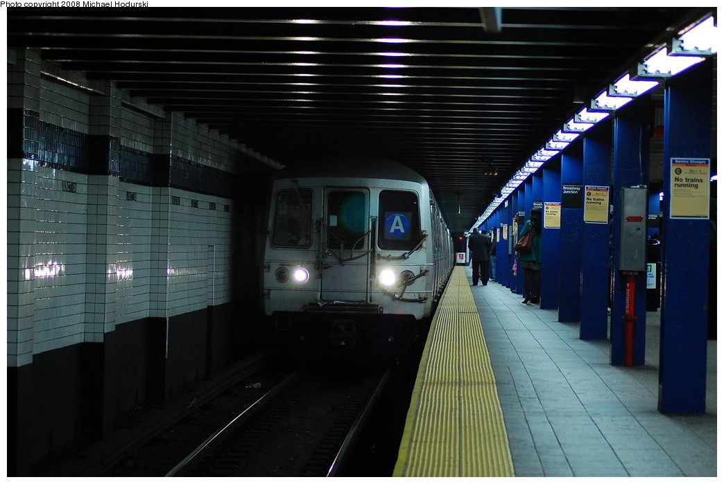 (194k, 1044x699)<br><b>Country:</b> United States<br><b>City:</b> New York<br><b>System:</b> New York City Transit<br><b>Line:</b> IND Fulton Street Line<br><b>Location:</b> Broadway/East New York (Broadway Junction) <br><b>Route:</b> A<br><b>Car:</b> R-44 (St. Louis, 1971-73) 5348 <br><b>Photo by:</b> Michael Hodurski<br><b>Date:</b> 5/3/2008<br><b>Viewed (this week/total):</b> 2 / 1803
