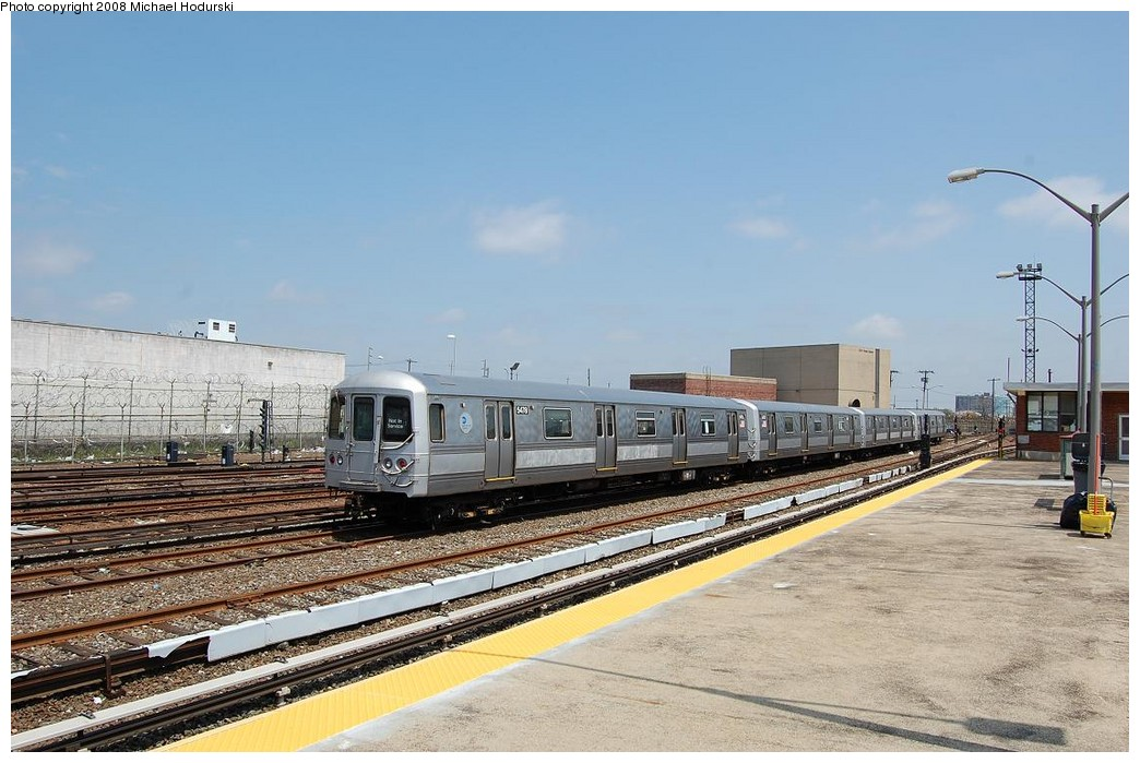 (226k, 1044x699)<br><b>Country:</b> United States<br><b>City:</b> New York<br><b>System:</b> New York City Transit<br><b>Location:</b> Rockaway Park Yard<br><b>Car:</b> R-44 (St. Louis, 1971-73) 5478 <br><b>Photo by:</b> Michael Hodurski<br><b>Date:</b> 5/3/2008<br><b>Viewed (this week/total):</b> 3 / 1351