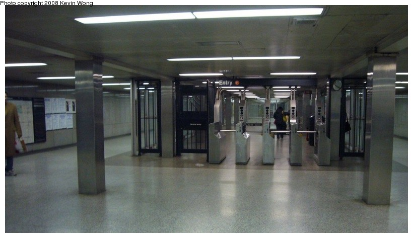 (83k, 820x473)<br><b>Country:</b> United States<br><b>City:</b> New York<br><b>System:</b> New York City Transit<br><b>Line:</b> IND 6th Avenue Line<br><b>Location:</b> 57th Street <br><b>Photo by:</b> Kevin Wong<br><b>Date:</b> 3/6/2008<br><b>Notes:</b> Mezzanine.<br><b>Viewed (this week/total):</b> 2 / 1261