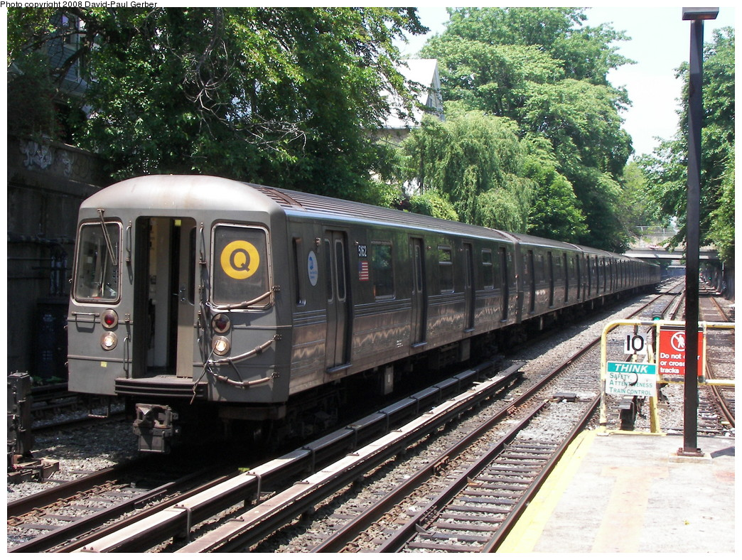 (392k, 1044x788)<br><b>Country:</b> United States<br><b>City:</b> New York<br><b>System:</b> New York City Transit<br><b>Line:</b> BMT Brighton Line<br><b>Location:</b> Newkirk Plaza (fmrly Newkirk Ave.) <br><b>Route:</b> Out of service<br><b>Car:</b> R-68A (Kawasaki, 1988-1989)  5162 <br><b>Photo by:</b> David-Paul Gerber<br><b>Date:</b> 6/7/2008<br><b>Viewed (this week/total):</b> 1 / 1330