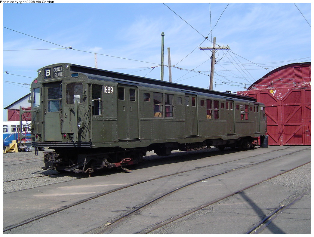 (226k, 1044x788)<br><b>Country:</b> United States<br><b>City:</b> East Haven/Branford, Ct.<br><b>System:</b> Shore Line Trolley Museum <br><b>Car:</b> R-9 (American Car & Foundry, 1940)  1689 <br><b>Photo by:</b> Vic Gordon<br><b>Date:</b> 5/2008<br><b>Viewed (this week/total):</b> 3 / 1175