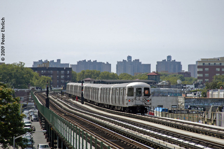 (209k, 930x618)<br><b>Country:</b> United States<br><b>City:</b> New York<br><b>System:</b> New York City Transit<br><b>Line:</b> BMT Culver Line<br><b>Location:</b> Avenue P <br><b>Route:</b> F<br><b>Car:</b> R-46 (Pullman-Standard, 1974-75) 5606 <br><b>Photo by:</b> Peter Ehrlich<br><b>Date:</b> 7/22/2009<br><b>Notes:</b> Outbound<br><b>Viewed (this week/total):</b> 4 / 687