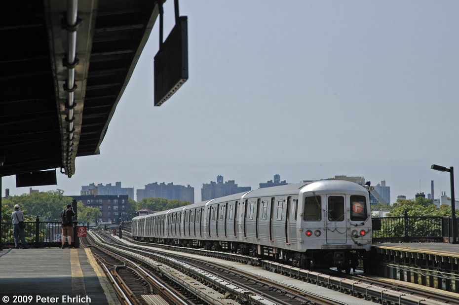 (171k, 930x618)<br><b>Country:</b> United States<br><b>City:</b> New York<br><b>System:</b> New York City Transit<br><b>Line:</b> BMT Culver Line<br><b>Location:</b> Avenue P <br><b>Route:</b> F<br><b>Car:</b> R-46 (Pullman-Standard, 1974-75) 5970 <br><b>Photo by:</b> Peter Ehrlich<br><b>Date:</b> 7/22/2009<br><b>Notes:</b> Outbound<br><b>Viewed (this week/total):</b> 3 / 376